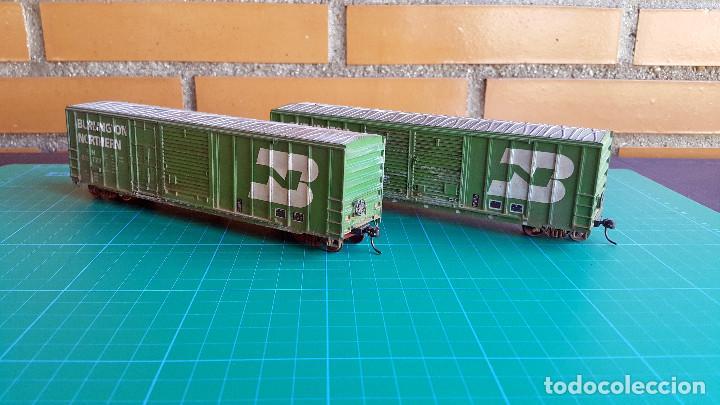Trenes Escala: Walthers Lote de 2 Vagones Cerrados Burlington Northern Escala H0 - Foto 4 - 152143894