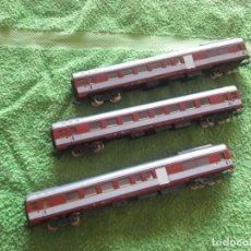 Trenes Escala: 3 VAGONES ROJOS/GRISES. Lote 154481130