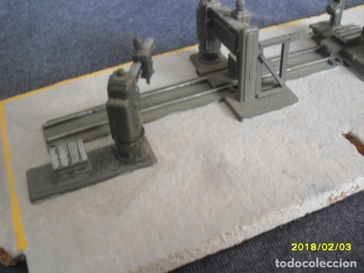 Trenes Escala: interior de taller con maquinaria H0 - Foto 3 - 127109871