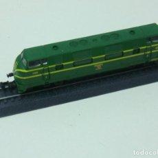 Trenes Escala: LOCOMOTORA 4000 RENFE ROCO ESCALA 1/160 (N) GASOIL NUEVA. Lote 171111654