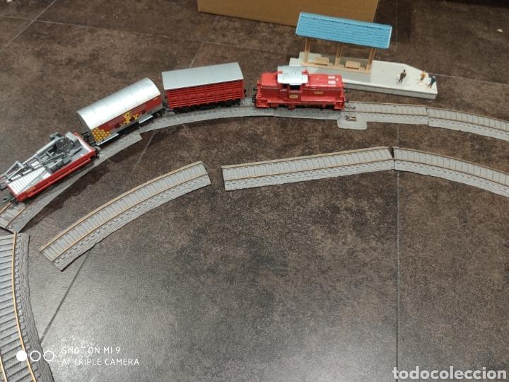LOCOMOTORA, VAGONES Y VÍAS NEW RAY (Juguetes - Trenes - Varios)