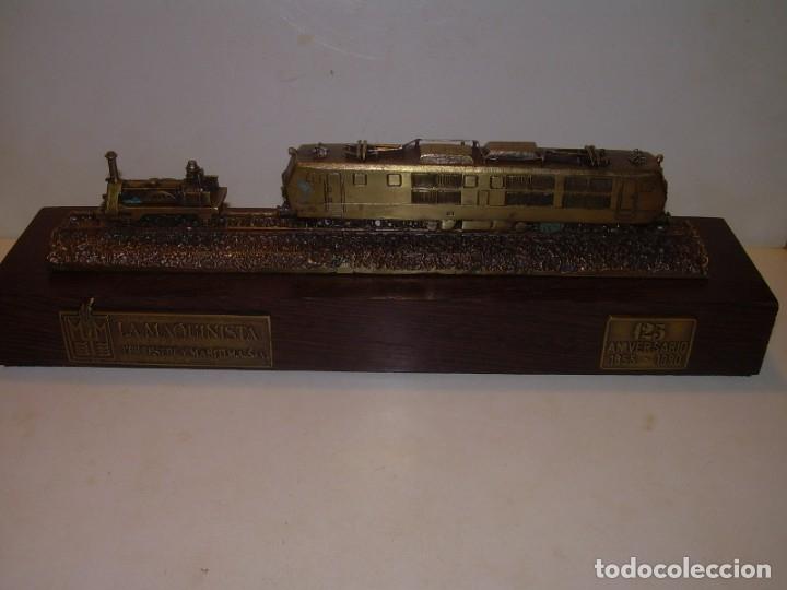 Trenes Escala: 125 ANIVERSARIO....LA MAQUINISTA...TREN DE BRONCE EN CAJA DE MADERA ORIGINAL.1855/1980. - Foto 2 - 174554445
