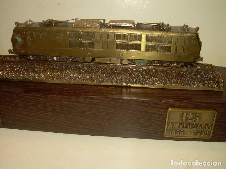 Trenes Escala: 125 ANIVERSARIO....LA MAQUINISTA...TREN DE BRONCE EN CAJA DE MADERA ORIGINAL.1855/1980. - Foto 4 - 174554445