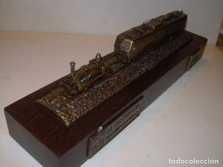 Trenes Escala: 125 ANIVERSARIO....LA MAQUINISTA...TREN DE BRONCE EN CAJA DE MADERA ORIGINAL.1855/1980. - Foto 5 - 174554445