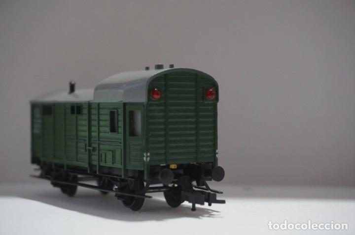 Trenes Escala: VAGON - TRIX EXPRESS INTERNATIONAL / REF:3422 - Foto 3 - 175532964