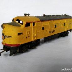 Trenes Escala: LOCOMOTORA DIESEL GILBERT FABRICADA EN USA MODIFICADA RENFE. CORRIENTE ALTERNA Y FUNCIONANDO. Lote 176433109
