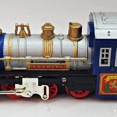 Trenes Escala: LOCOMOTORA GOLDLOK TOYS EXPRESS 9668, A PILAS. . Lote 177180093