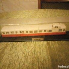 Trenes Escala: TREN LOCOMOTORA DE COLECCIÓN. SNCF X-3800 . ESCALA H0. Lote 177263758