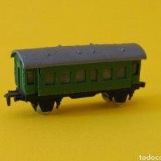 Trenes Escala: TREN PROMOCIONAL CLESA: VAGÓN VERDE. AÑOS 70 / 80. Lote 181464973