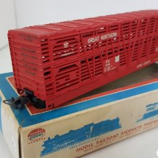 Trenes Escala: MODEL POWER VAGÓN DE DOS PISOS MERCANCÍA ANIMAL GREAT NORTHERN ESCALA H0 DE 19 CM ROJO. Lote 181581597