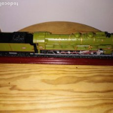 Trenes Escala: MAQUETA DE LOCOMOTORA DE TREN (241- C CIARE PLM). Lote 183358251