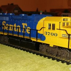 Trenes Escala: LOCOMOTORA SANTA FE. ATLAS HO/ H0. ROCO. FLEISCHMANN. ELECTROTREN. IBERTREN. PIKO. ESTADOS UNIDOS.. Lote 184043302