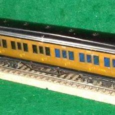 Trenes Escala: LOTE TREN ANTIGUO VAGON LARGO DE PASAJEROS 100% METAL - ENGLAND- COMPATIBLE CON VIAS H0 / 00. Lote 189791760