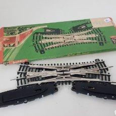 Trenes Escala: CRUCE DE VÍAS BERLINER BAHNEN ESCALA H0 CONTINUA. Lote 190935128