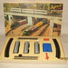 Trenes Escala: ANTIGUA COMPOSICIÓN AUTOMOTOR DE RENFE * EL ABUELO * EN ESCALA *H0* DE JYE JYESA. Lote 191249501