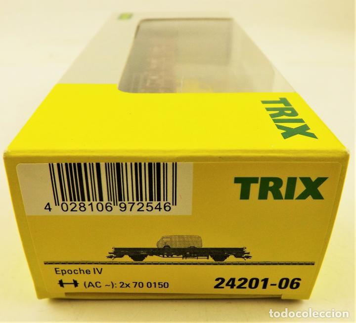 Trenes Escala: Trix Vagón plataforma con vehículo 08 H0 - Foto 3 - 204409573