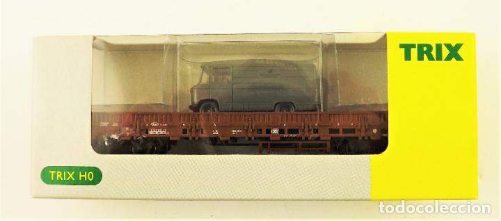 Trenes Escala: Trix Vagón plataforma con vehículo 10 H0 - Foto 2 - 204409198