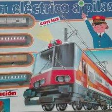 Trenes Escala: TREN ELECTRICO A PILAS CON LUZ Y ESTACION ''PEQUETREN'' REF.602 ,TREN CORREO MADRID ALICANTE,NUEVO S. Lote 193258311
