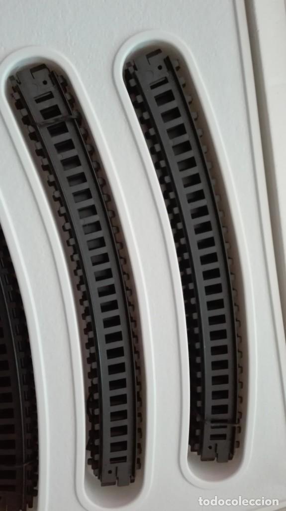 Trenes Escala: Tren electrico a pilas con luz y estacion pequetren ref.602 ,tren correo madrid alicante,nuevo s - Foto 11 - 193258311