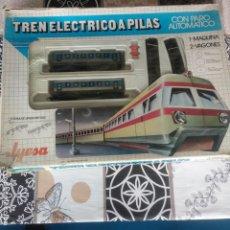 Trenes Escala: TREN ELÉCTRICO PILAS JYESA IBI RENFE MUY BUEN ESTADO FUNCIONANDO. Lote 194188295