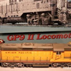 Trenes Escala: PROTO 2000. ESCALA H0. LOCOMOTORA EMD GP9 II. UNION PACIFIC. #284. DIGITAL. Lote 194285832