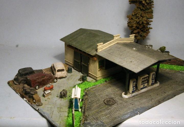 Trenes Escala: POLA. Escala H0. gasolinera estación de servicio. Con luz - Foto 3 - 194387865