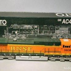 Trenes Escala: KATO. ESCALA H0 LOCOMOTORAL GE AC 4400 CW. BNSF #5608. DIGITAL. Lote 194757260