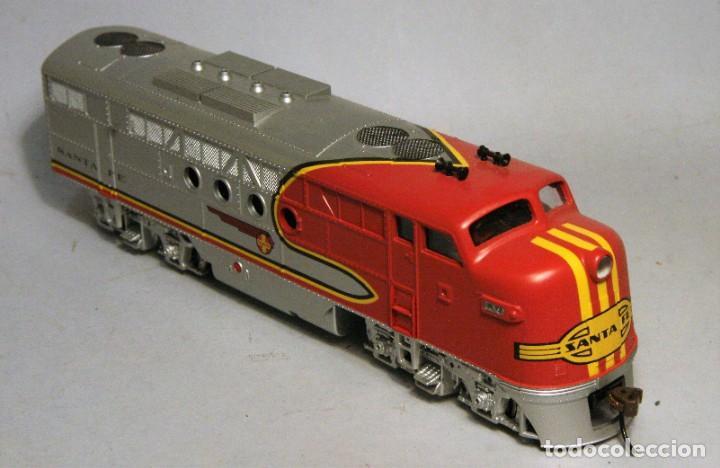 Trenes Escala: BACHMANN. Escala H0. Locomotora EMD F7 A. Santa Fe. Warbonnet. Digital - Foto 3 - 195075456