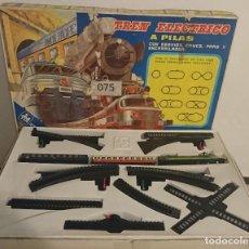 Trenes Escala: OCASION COLECCIONISTAS TREN ELECTRICO VALTOY COMPLETO MUY LARGO UNION PACIFIC VALENCIANA D JUEGUETE . Lote 195235905