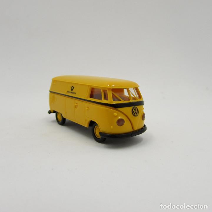 BREKINA VW T1 (T1B) 1950-1967 CERRADA. ESCALA 1/87 H0 (3706) (Juguetes - Trenes Escala H0 - Otros Trenes Escala H0)
