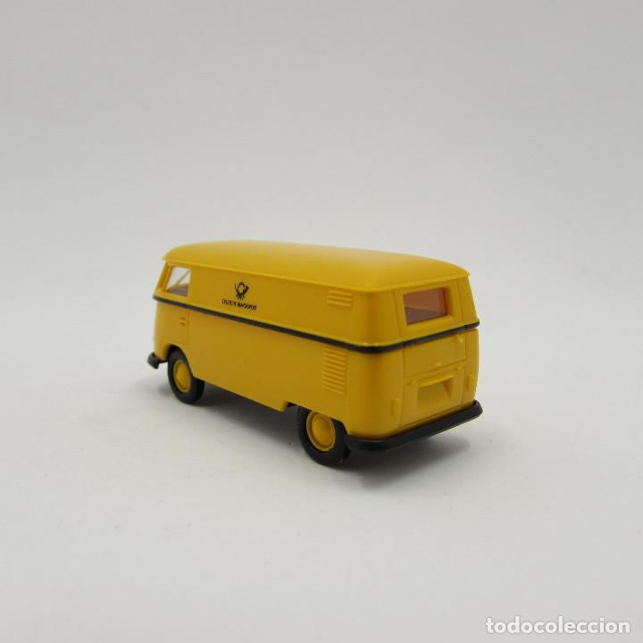 Trenes Escala: Brekina VW T1 (T1b) 1950-1967 cerrada. Escala 1/87 H0 (3706) - Foto 4 - 195353727
