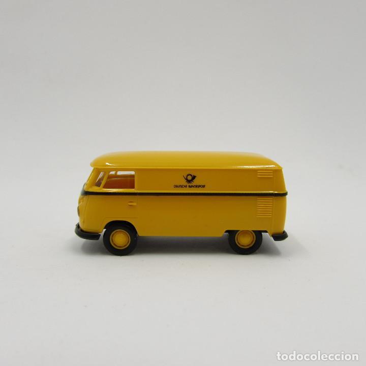 Trenes Escala: Brekina VW T1 (T1b) 1950-1967 cerrada. Escala 1/87 H0 (3706) - Foto 5 - 195353727