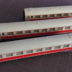 Trenes Escala: TRES VAGONES RENFE JOEUF. Lote 196165873