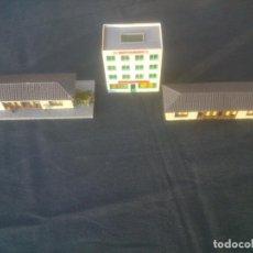 Trenes Escala: PARTE ANTIGUA MAQUETA TREN REPARAR DESGUACE ESCALA HO. Lote 198085907