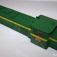 Trenes Escala: CARCASA LOCOMOTORA 307 DE RENFE. VERDE Y AMARILLA.. Lote 199885970