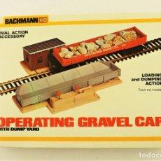 Trenes Escala: BACHMANN 1426 H0 CONJUNTO CARGA Y DESCARGA GRAVA. Lote 201469793
