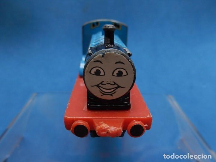 Trenes Escala: Especie de tren infantil. ERTL. DYERSVILLE IOWA USA. Thomas the Tank Engine & Friends. Años 80/90. - Foto 6 - 23754302