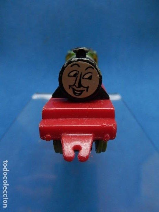 Trenes Escala: Especie de tren infantil. ERTL. DYERSVILLE IOWA USA. Thomas the Tank Engine & Friends. Años 80/90. - Foto 12 - 23754302