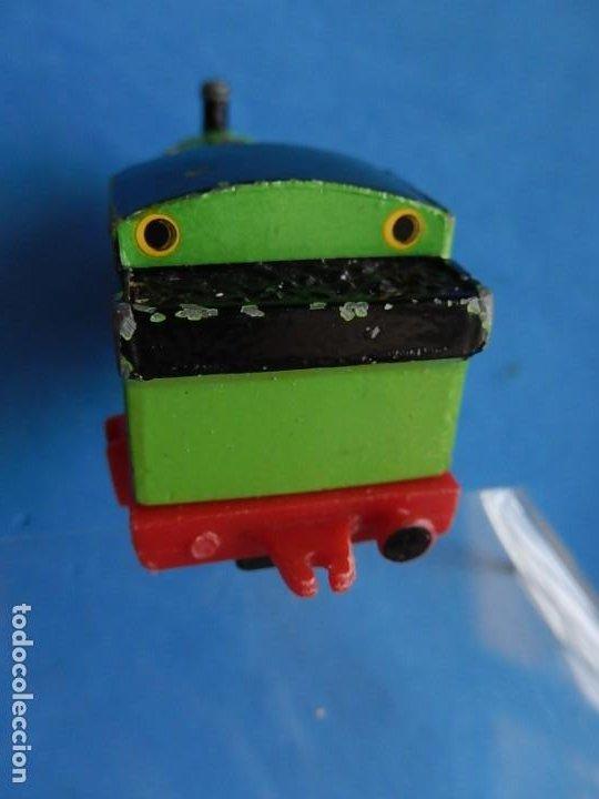Trenes Escala: Especie de tren infantil. ERTL. DYERSVILLE IOWA USA. Thomas the Tank Engine & Friends. Años 80/90. - Foto 37 - 23754302