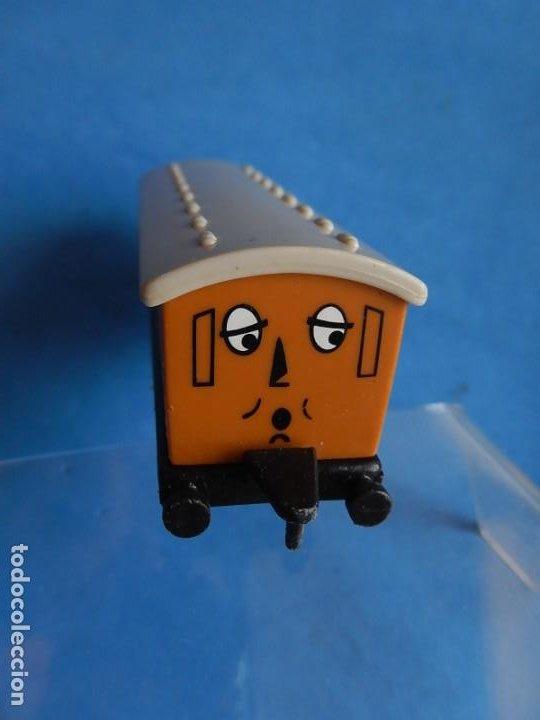 Trenes Escala: Especie de tren infantil. ERTL. DYERSVILLE IOWA USA. Thomas the Tank Engine & Friends. Años 80/90. - Foto 48 - 23754302