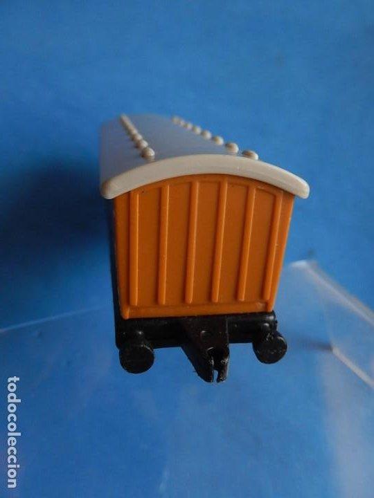 Trenes Escala: Especie de tren infantil. ERTL. DYERSVILLE IOWA USA. Thomas the Tank Engine & Friends. Años 80/90. - Foto 49 - 23754302