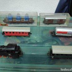 Trenes Escala: LOTE DE TREN LOCOMOTORA, CON VAGONES, VIAS Y TRANSFORMADOR, MARCA TRIX, MADE IN WESTERN GERMANY, HO. Lote 205278802