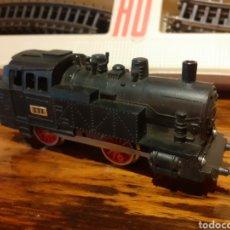 Trenes Escala: TREN A PILAS JYESA VIA HO 1942,EN BUEN ESTADO,FUNCIONANDO PERFECTAMENTE.FABRIC. Lote 206430050