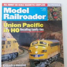 Trenes Escala: REVISTA MODEL RAILROADER - JULY 2000. AMERICANA. EN INGLÉS.. Lote 207061811