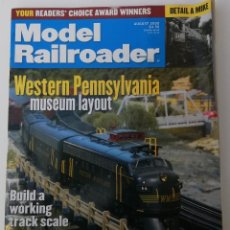 Trenes Escala: REVISTA MODEL RAILROADER - AUGUST 2000. AMERICANA. EN INGLÉS.. Lote 207061900