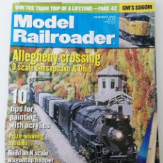 Trenes Escala: REVISTA MODEL RAILROADER - NOVEMBER 2000. AMERICANA. EN INGLÉS.. Lote 207062227