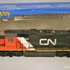 Trenes Escala: BACHMANN. ESCALA H0. LOCOMOTORA EMD GP38-2. CANADIAN NATIONAL. #4718. DCC DIGITAL. Lote 208127655