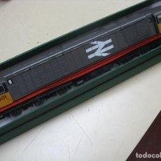 Trenes Escala: LOCOMOTORA INGLESA H0. Lote 209904608
