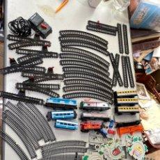 Trenes Escala: LOTE TRENES . VÍAS Y ACCESORIOS. VER FOTOS. Lote 210104796