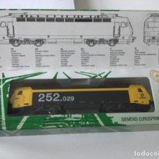 Comboios Escala: LOCOMOTORA H0 MEHANO RENFE 252.029. DIGITAL, NUEVA, MUCHA FUERZA. Lote 210149853